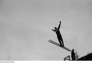 Skispringen_auf_der_'Schanze_des_Friedens'