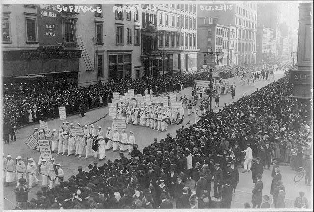 Pre-election_suffrage_parade_NYC