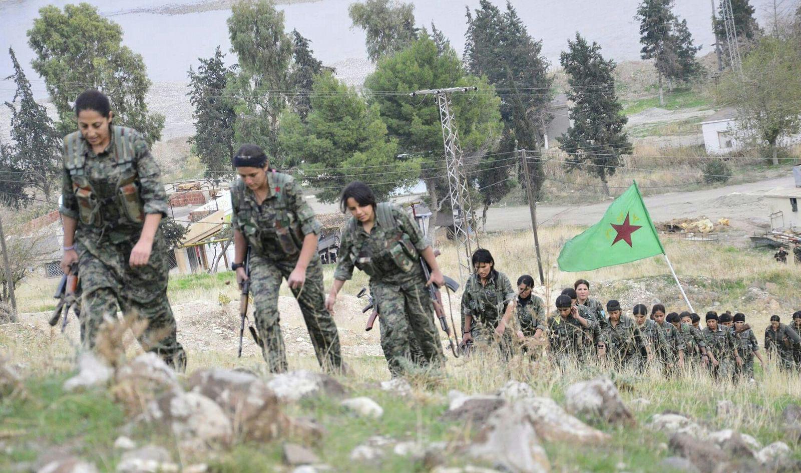kurdisch_ypg_fighters