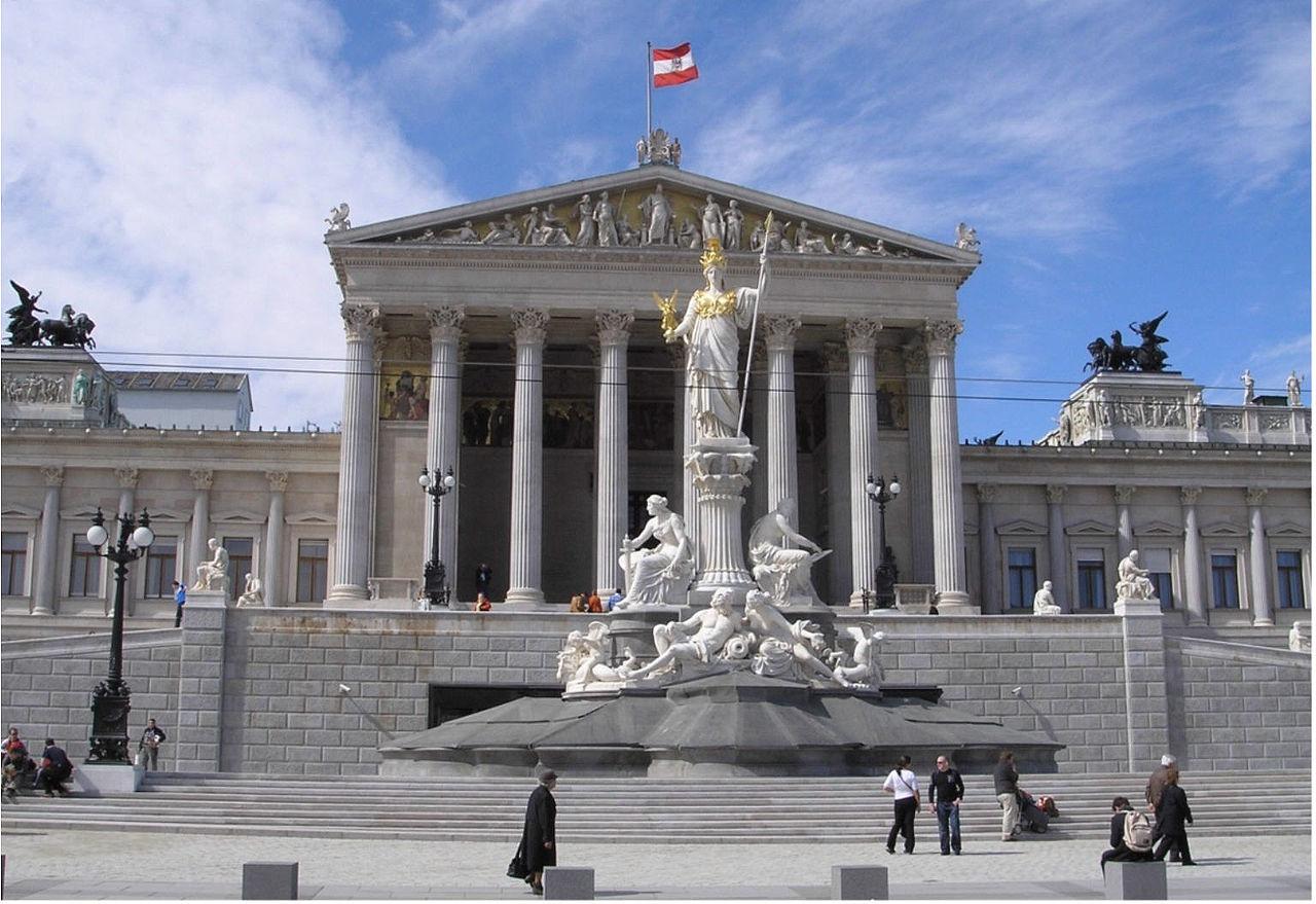 Titelbild: Parlamentsgebäude, Wien (Gryffindor; Lizenz: CC BY-SA 3.0)