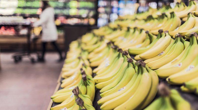 Bananen im Supermarkt