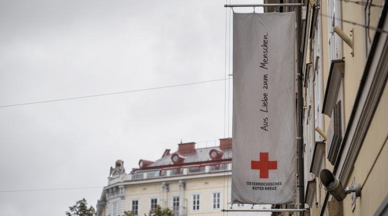Rotes Kreuz - Aus Liebe zum Menschen