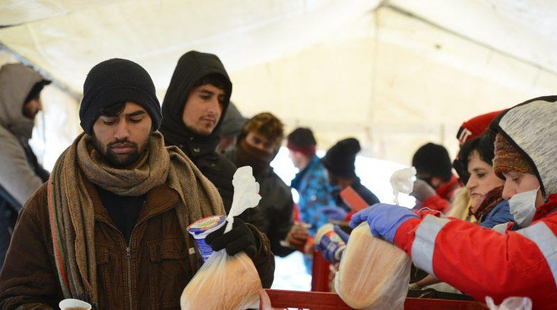 Österreicher_innen retten Menschenleben im abgebrannten Camp Lipa
