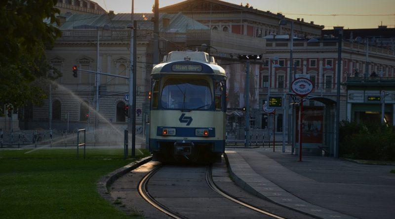 Eine Straßenbahn in Wien