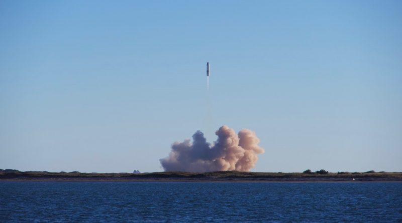 Rakete in der Luft